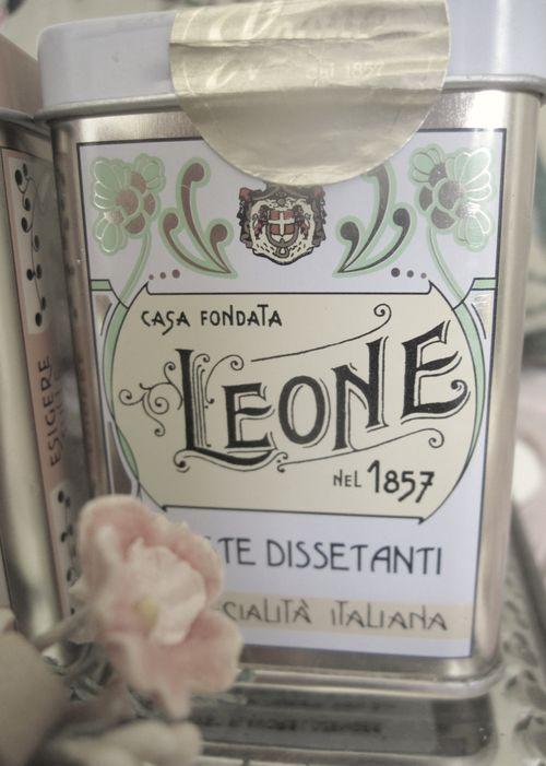 Finds pur. leone