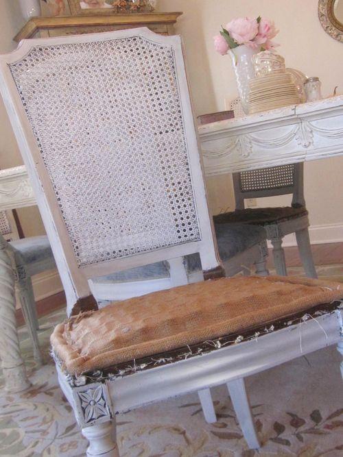 Chair burlap