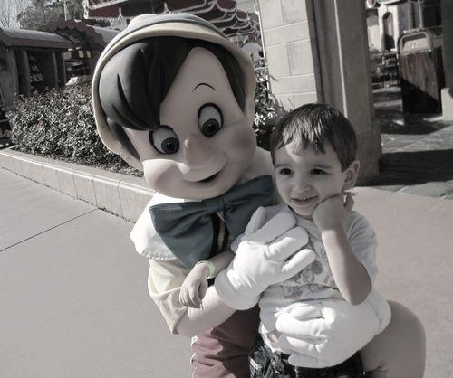 Disney pinnocchio and E low color